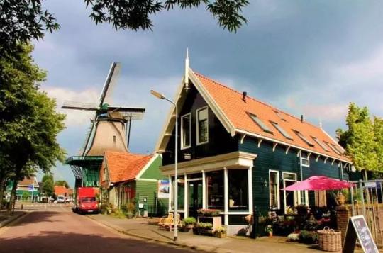 荷兰贷款投资房产以个人名义还是公司?